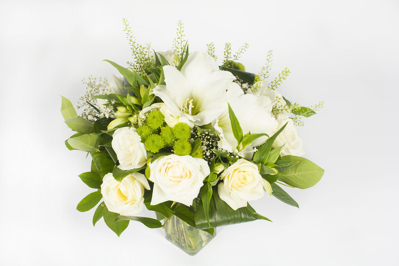 Bouquet rond pour s pulture livraison fleurs le mans for Bouquet de fleurs rond