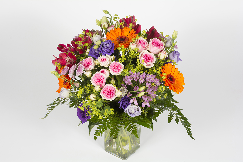 livraison fleurs 4h excellent bouquet de roses arcenciel with livraison fleurs 4h stunning. Black Bedroom Furniture Sets. Home Design Ideas